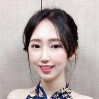 Yuri Lee/SHOWGIRL/舞者/模特兒/專業主持人/SG/PG/網紅/潮流娛樂/展場活動/行銷企劃/經紀公司